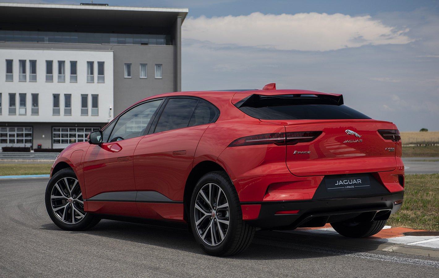 Jaguar I-Pace z tyłu