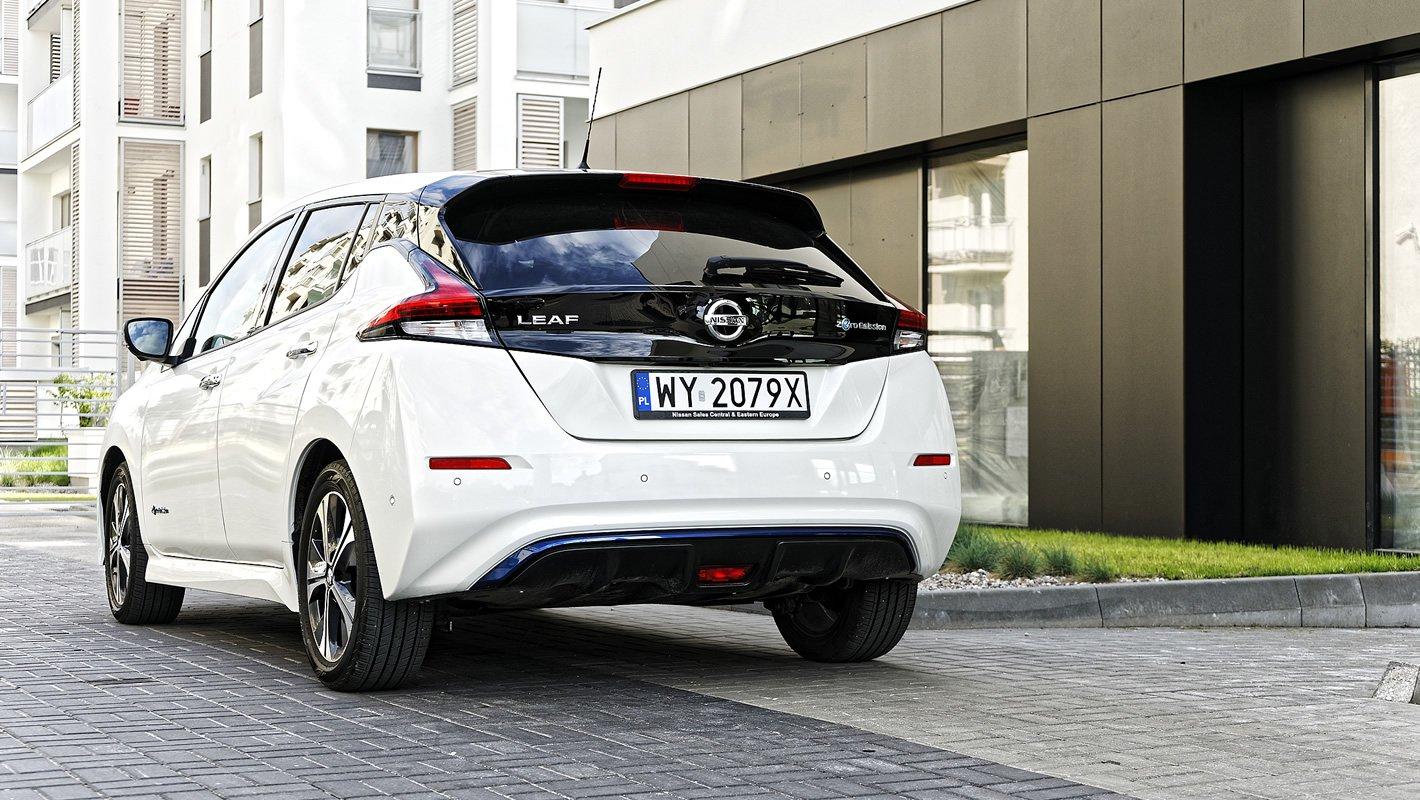 Nissan Leaf II z tyłu