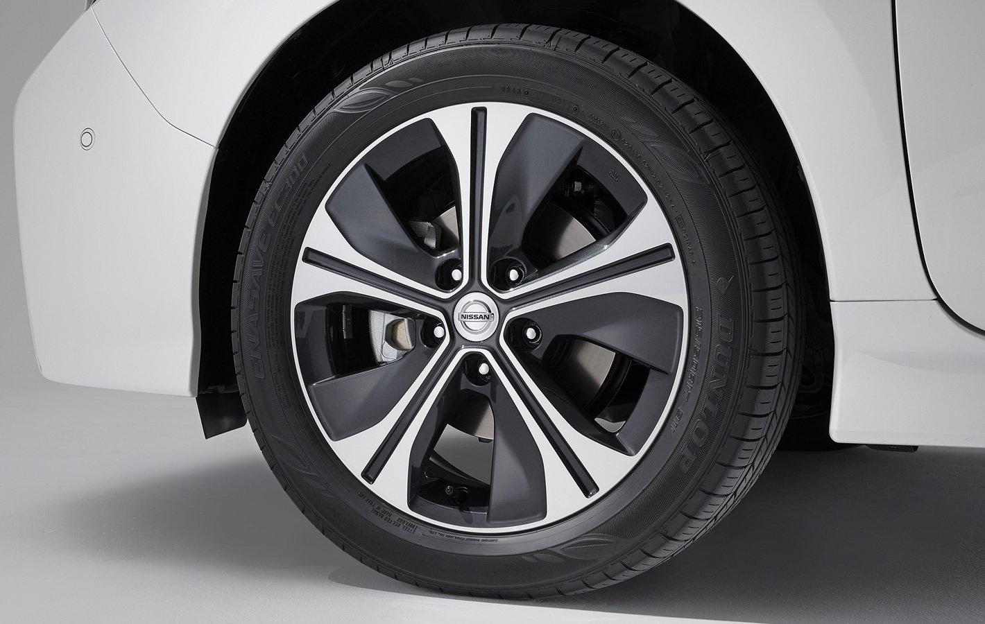 Nissan Leaf II - hamulce