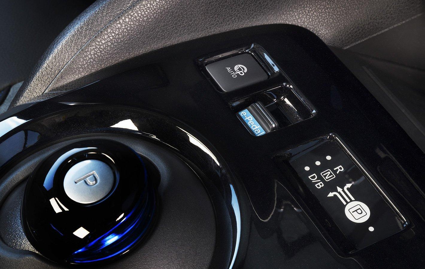 Nissan Leaf II - system e-Pedal
