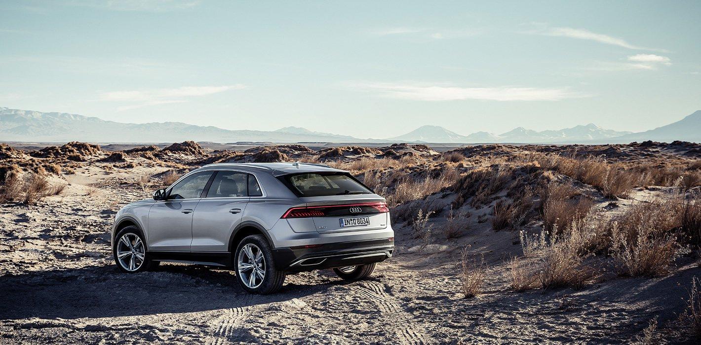 Audi Q8 z tyłu