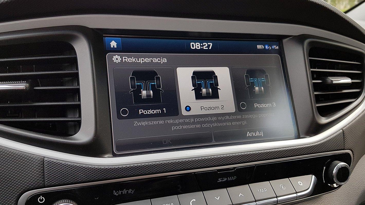 Hyundai IONIQ Electric kierowca może dostosować siłę rekuperacji