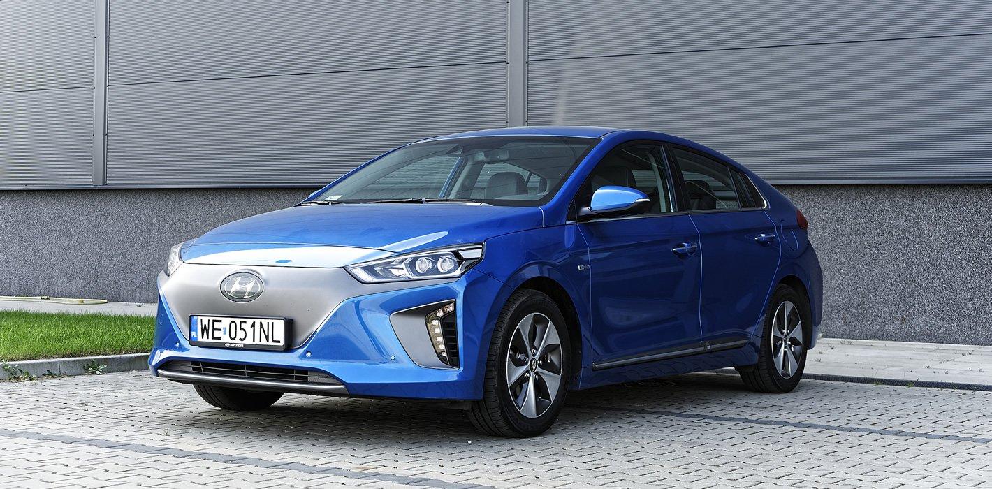 Hyundai IONIQ Electric z przodu