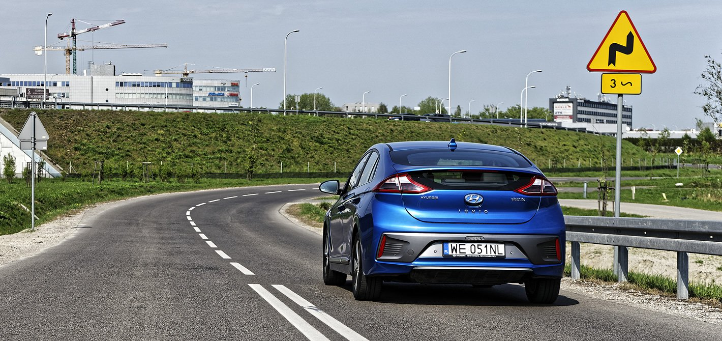 Hyundai IONIQ Electric ma komfortowy charakter