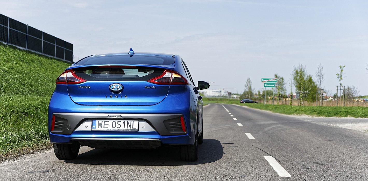 Hyundai IONIQ Electric z silnikiem o mocy 120 KM
