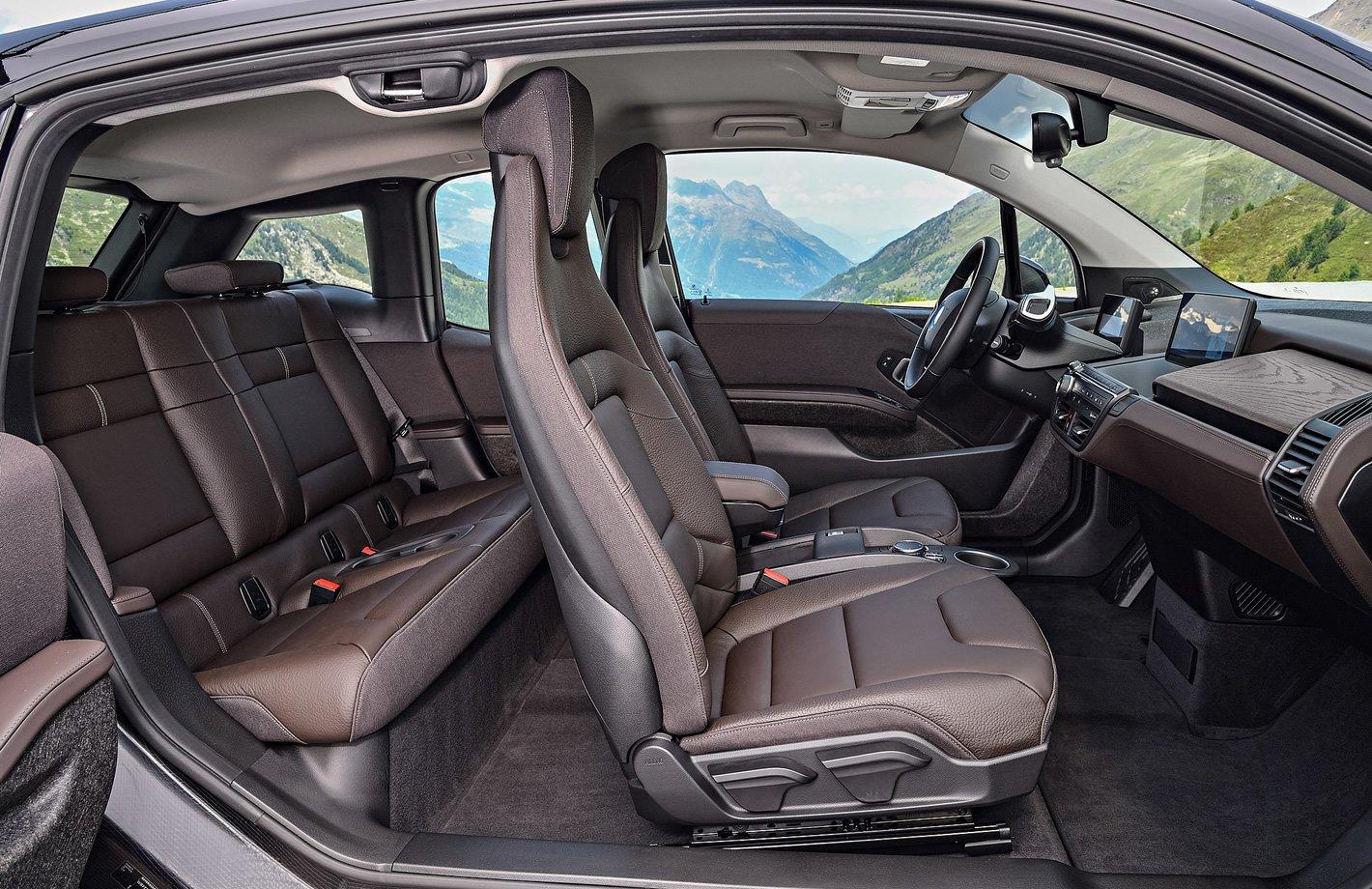 BMW i3s 94 Ah - drzwi otwierane pod wiatr
