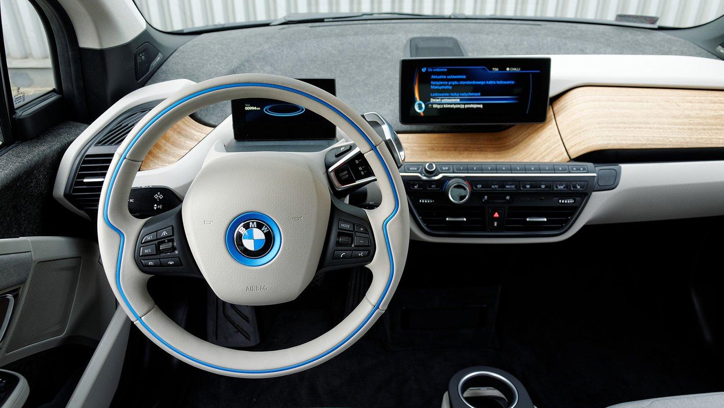 BMW i3 - atrakcyjnie stylizowane wnętrze