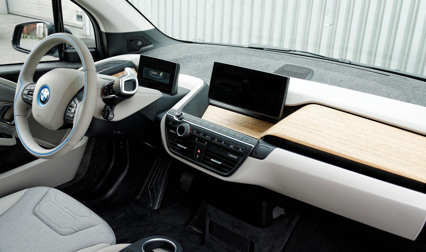 BMW i3 - widoczność na zewnątrz