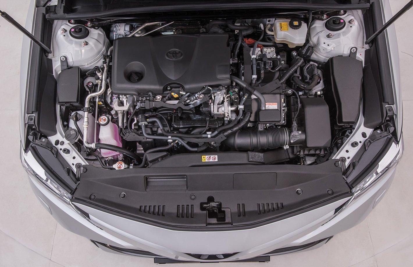 Toyota Camry Hybrid - silnik
