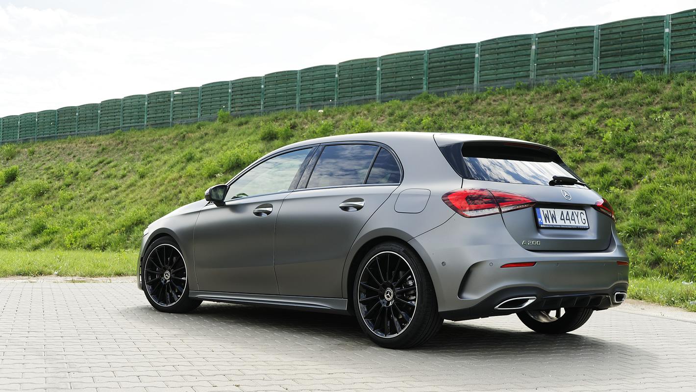 Mercedes-Benz Klasy A 200 - różna konstrukcja tylnego zawieszenia