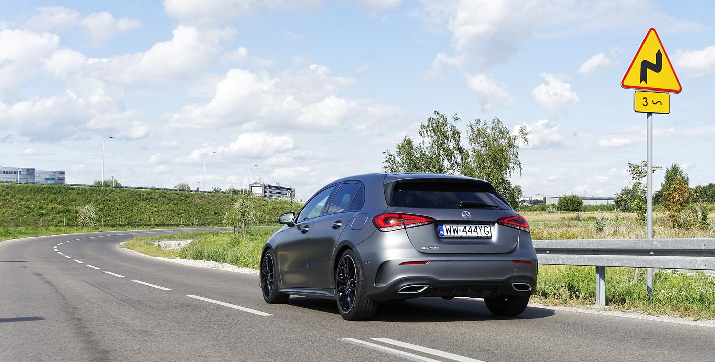 Mercedes-Benz Klasy A 200 z pełnym pakietem systemów bezpieczeństwa