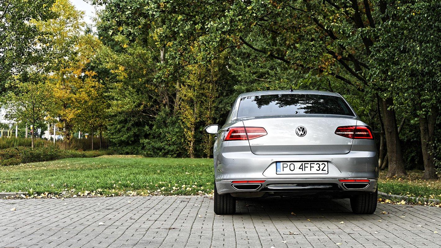 Volkswagen Passat 2.0 TDI - teoretyczny zasięg: 1600 km