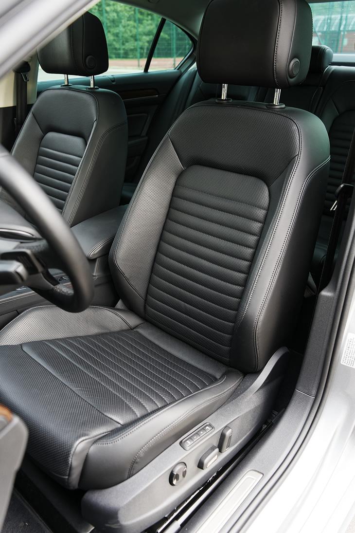 Volkswagen Passat 2.0 TDI - ergonomiczne fotele