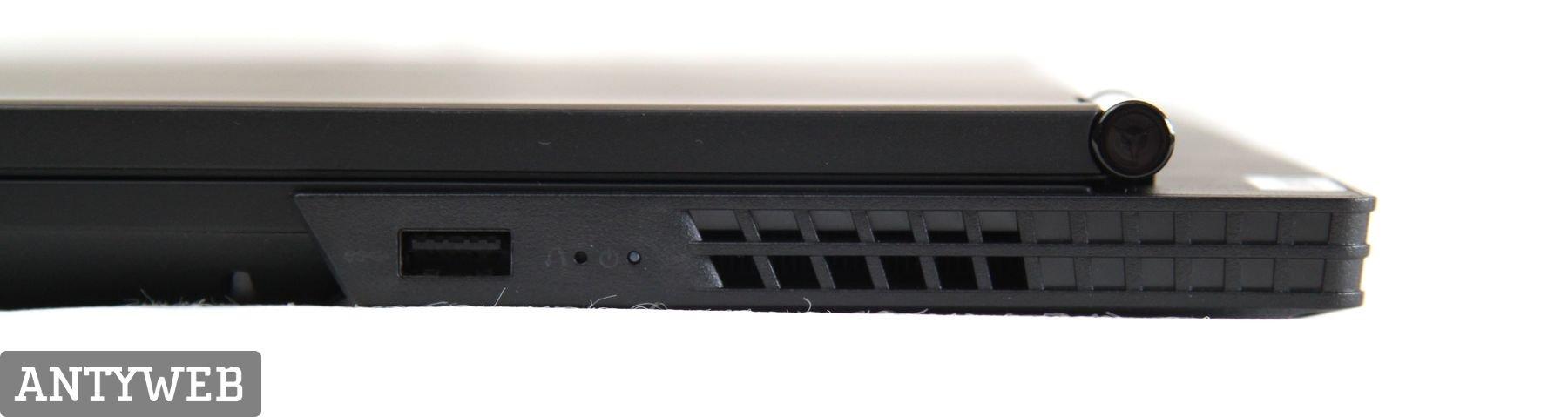 Lenovo Legion Y530 porty z boku