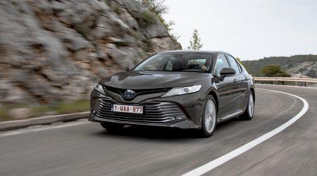 Toyota Camry 2.5 l Hybrid: rywal dla Skody Superb – jazda próbna
