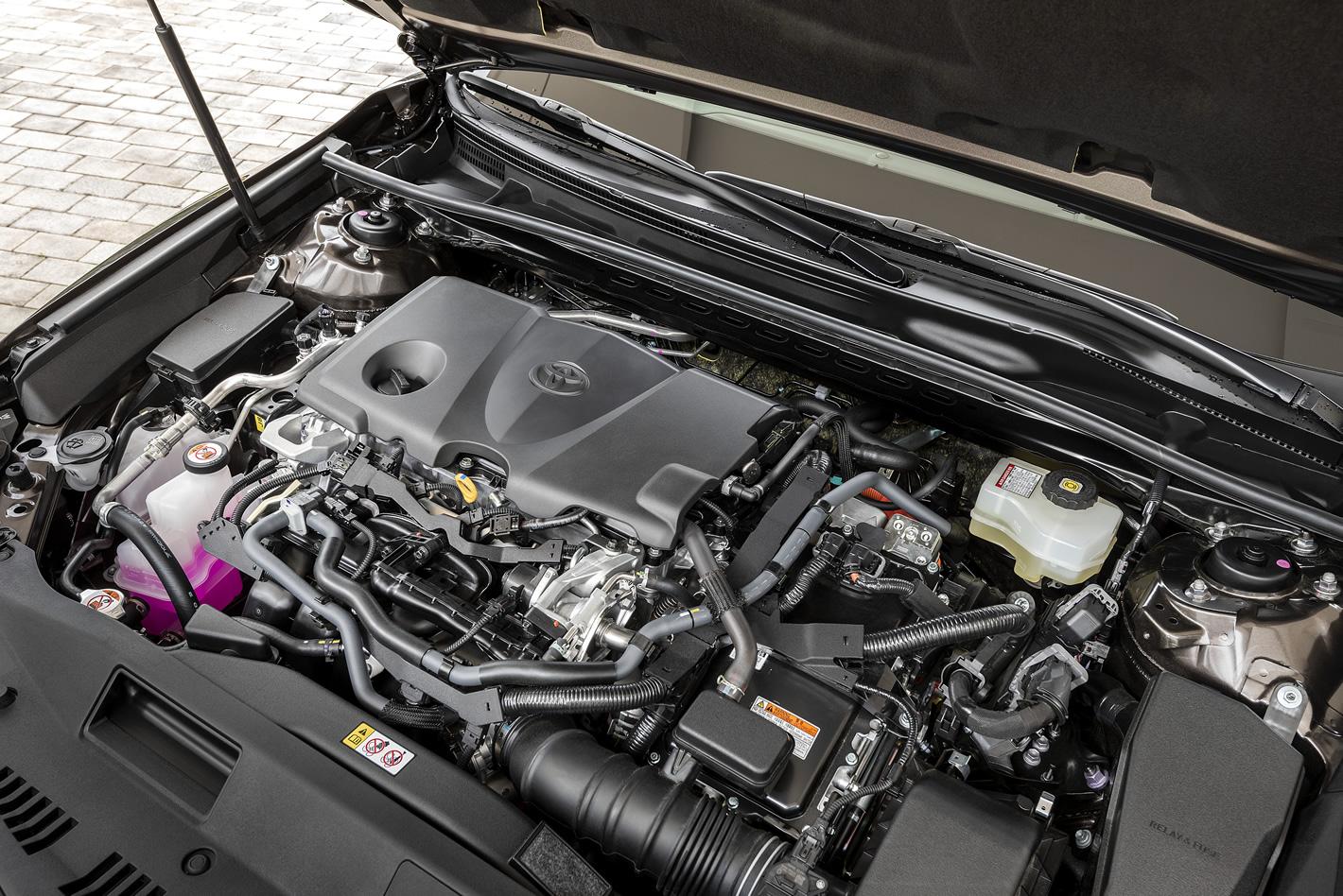 Toyota Camry Hybrid - silnik 2.5 l