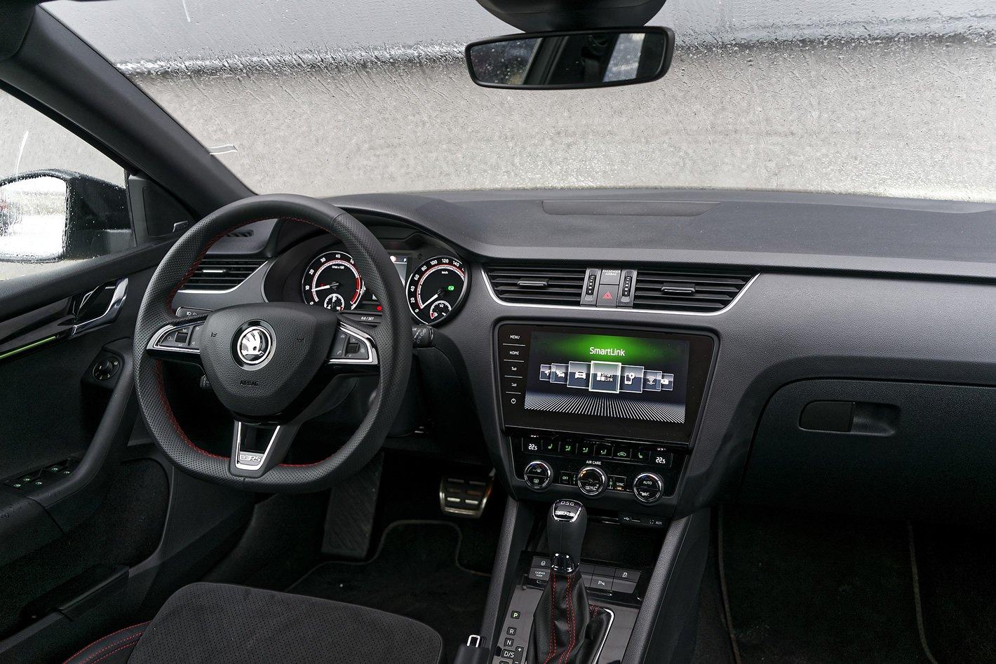 Skoda Octavia RS - wnętrze