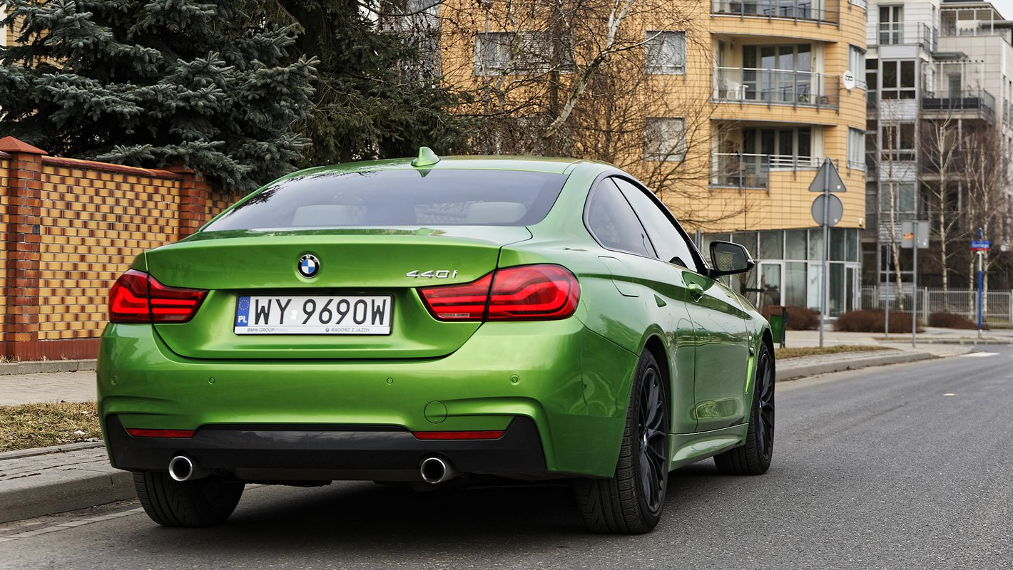 BMW 440i coupe z tyłu