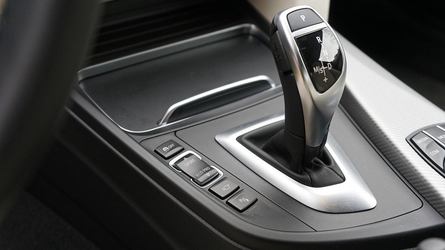 BMW 440i coupe - lewarek skrzyni Steptronic