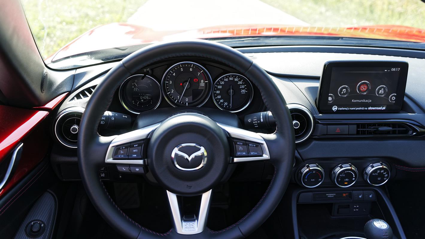Mazda MX-5 2.0 SKY-G 2018 - kokpit