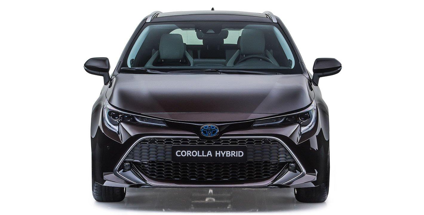 Toyota Corolla Touring Sports z przodu