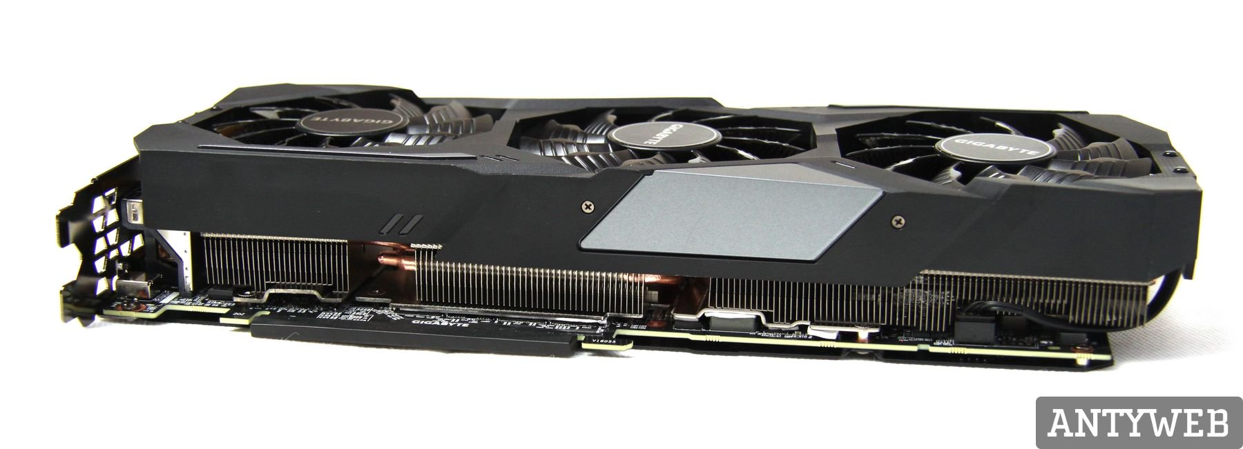 Recenzja Gigabyte GeForce RTX 2080Ti Gaming OC 11G - system chłodzenia