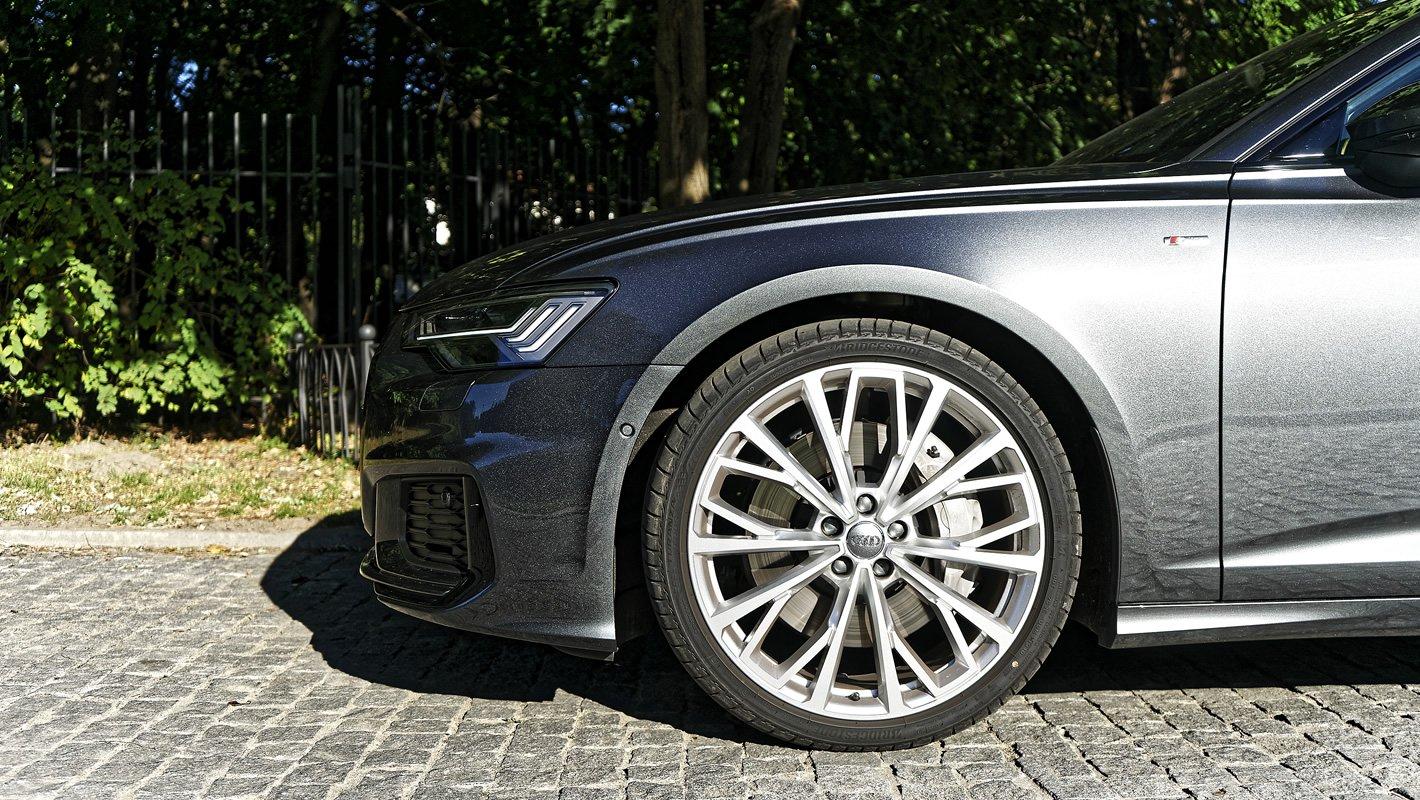 Audi A6 - przednie hamulce