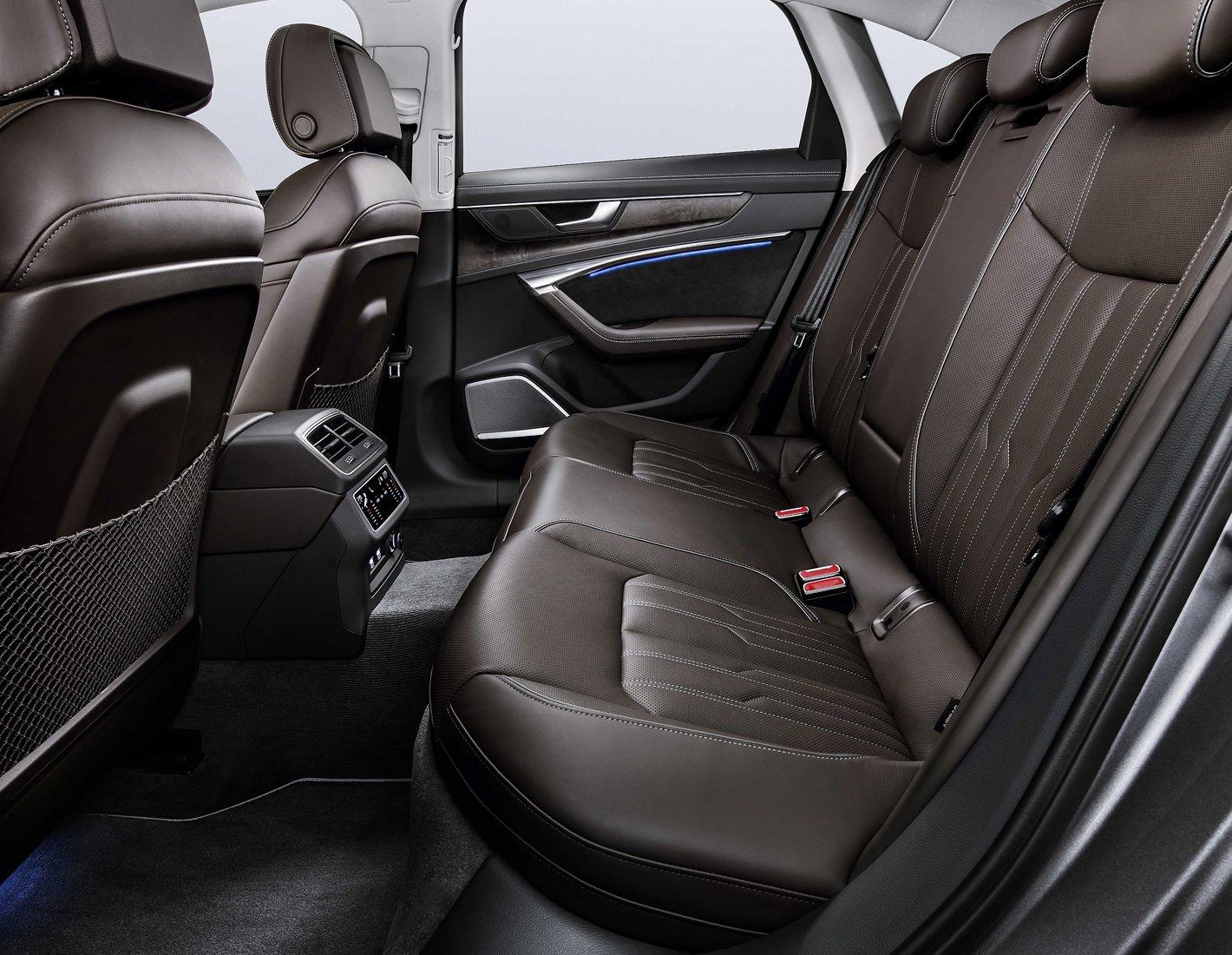 Audi A6 - tylna kanapa