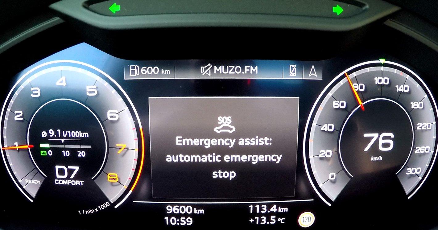Audi A6 - awaryjne zatrzymanie
