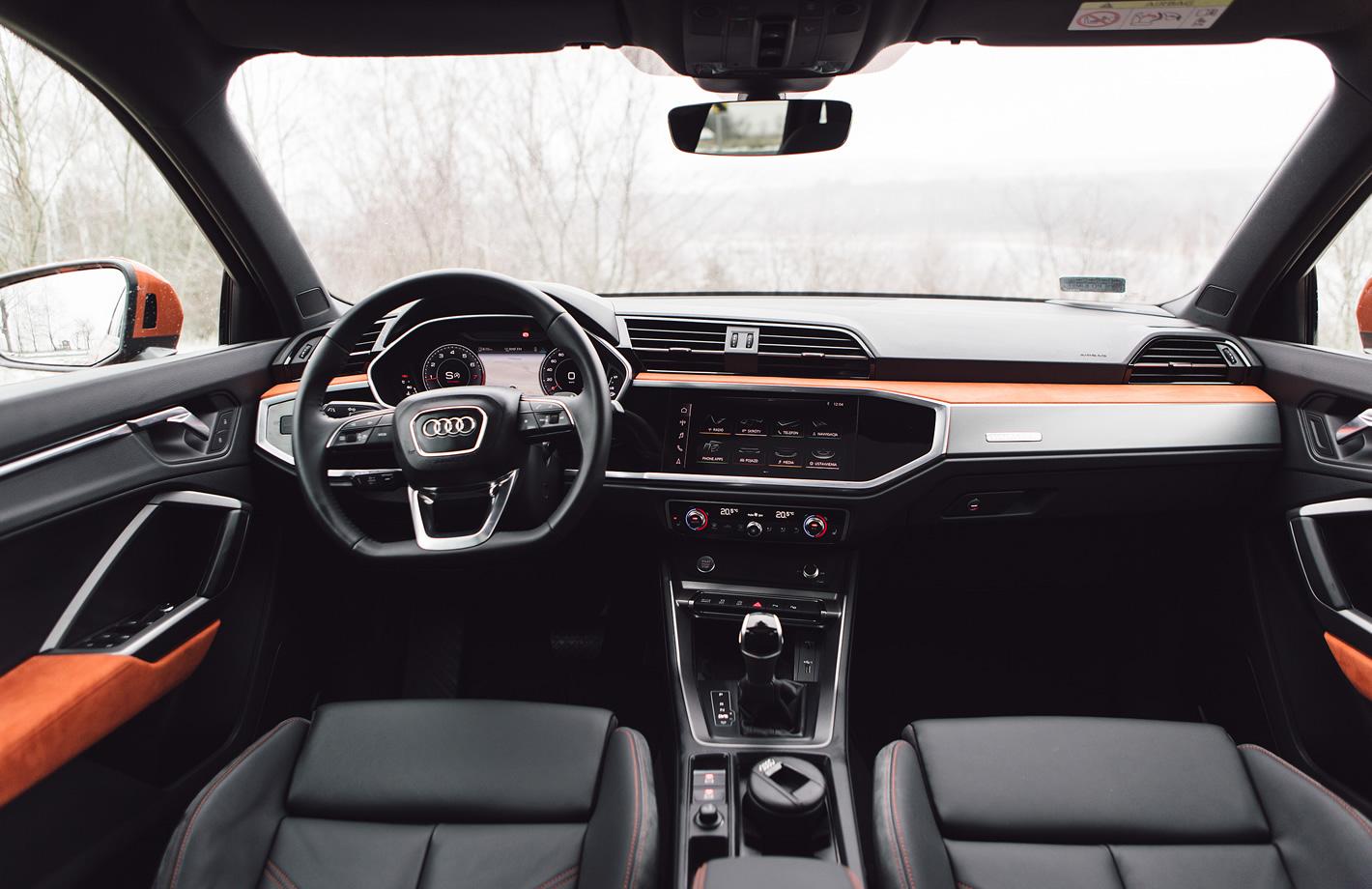 Audi Q3 2019 w środku