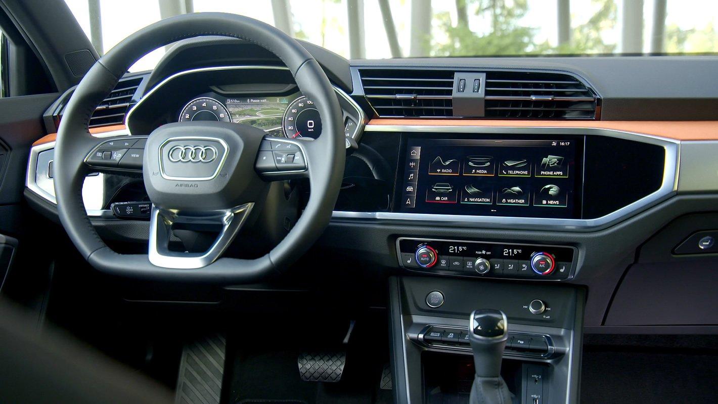 Audi Q3 2019 - kokpit