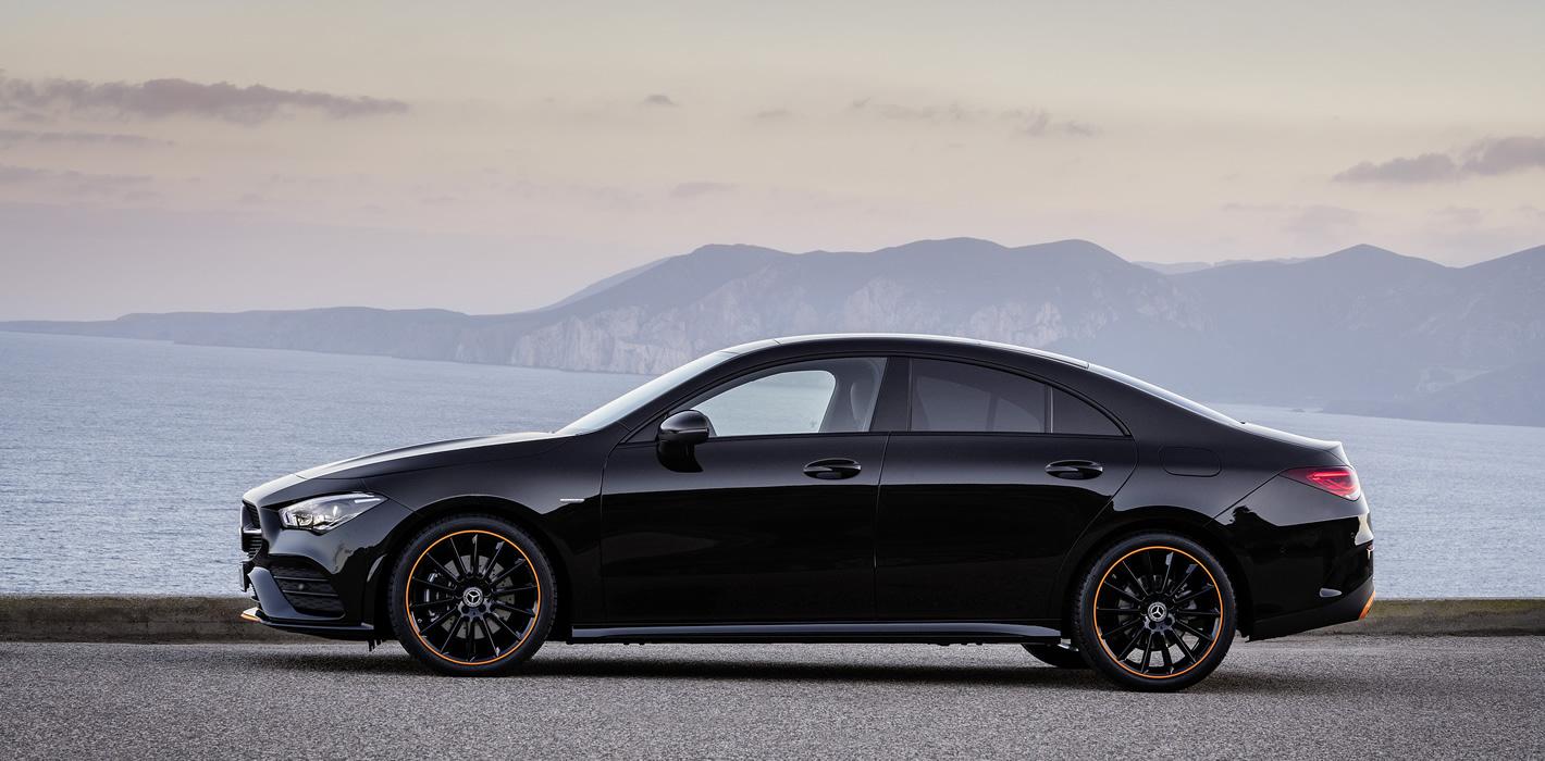 Mercedes-Benz CLA Coupe 2019 - z boku