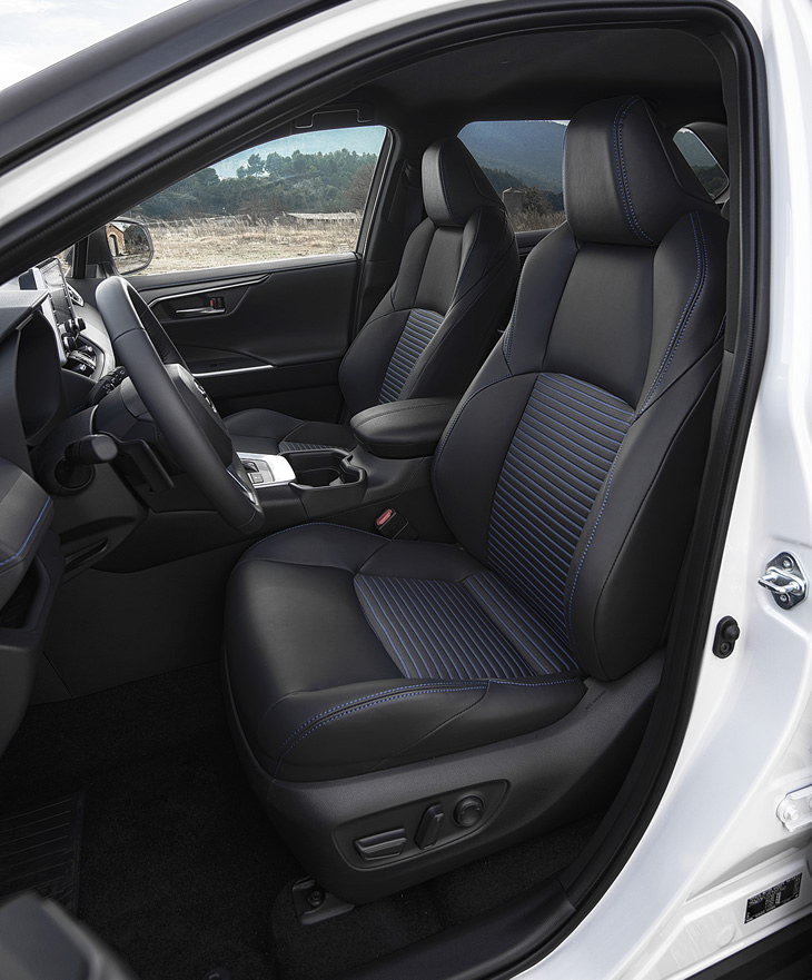 Toyota RAV4 Hybrid 2019 - fotele