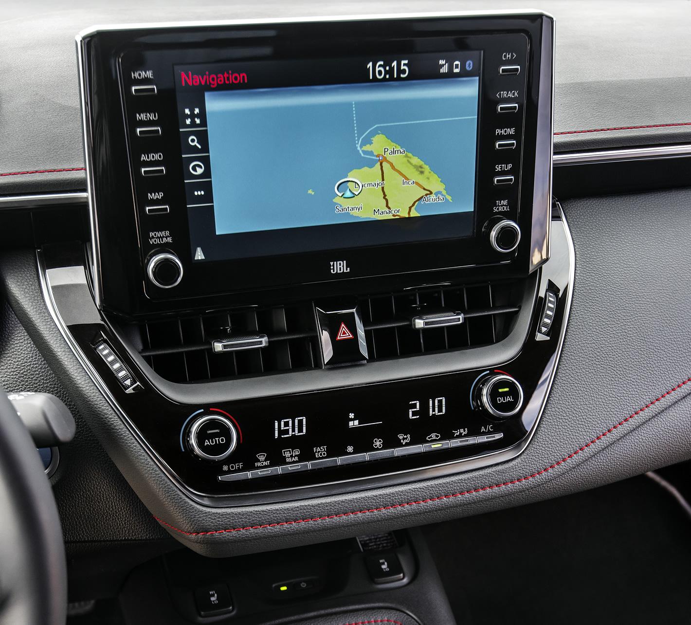 Toyota Corolla 2019 - system nawigacji
