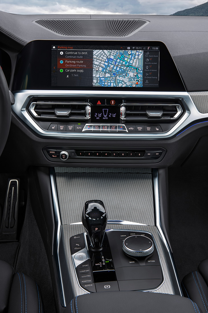 BMW - kokpit