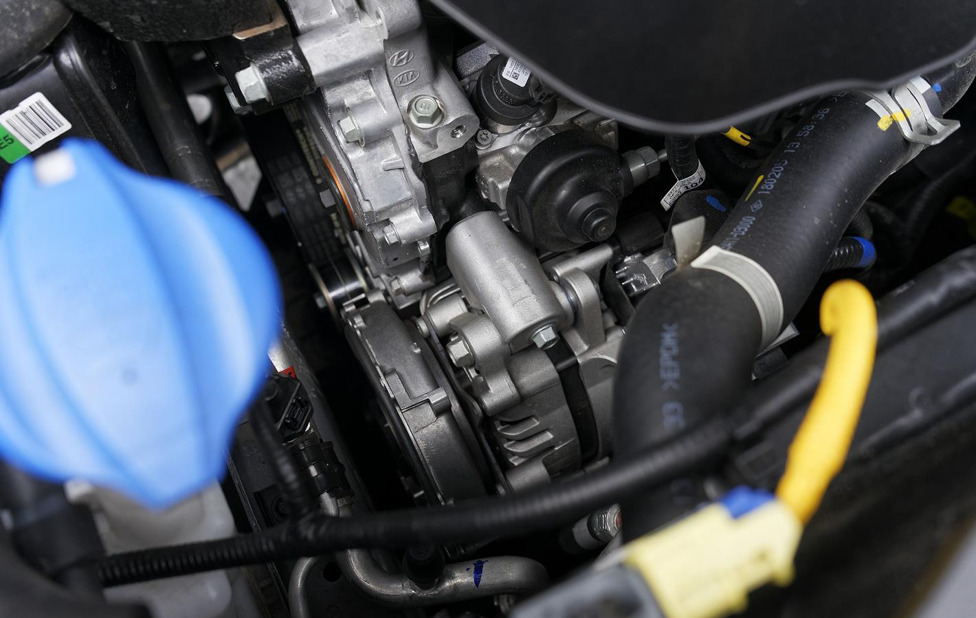 Hyundai Tucson 2.0 CRDi 48V - jednostka elektryczna