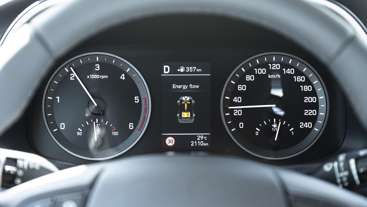 Hyundai Tucson 2.0 CRDi 48V - sposób działania miękkiej hybrydy