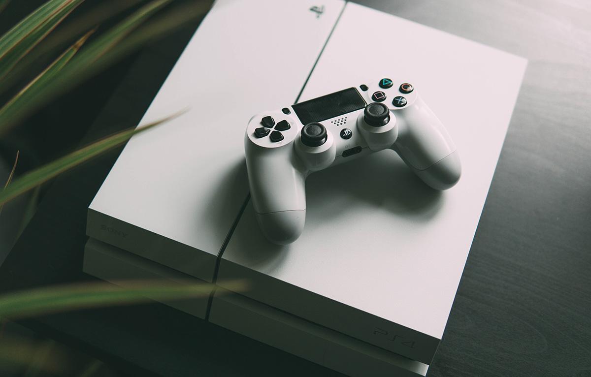 playstation 4 biała