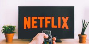 Odświeżony ekran odtwarzania Netflix na smart TV to krok w dobrą stronę