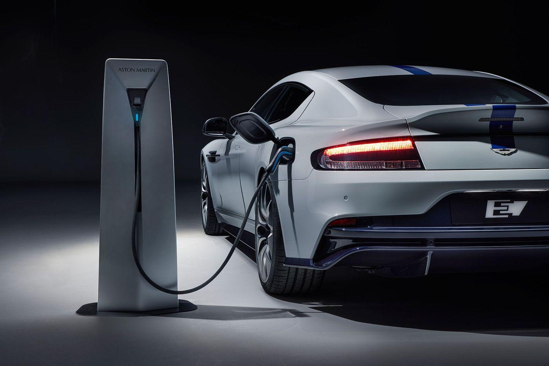 Aston Martin Rapide E ładowanie