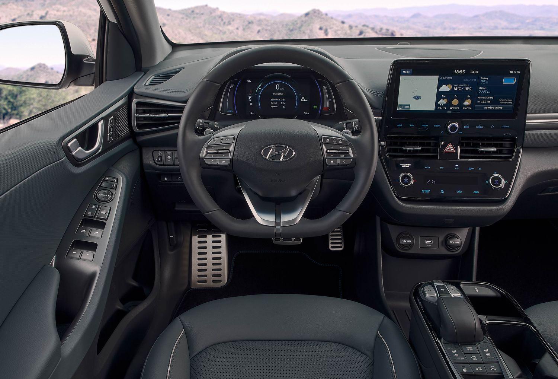 Hyundai Ioniq 2019 electric wnętrze i kokpit