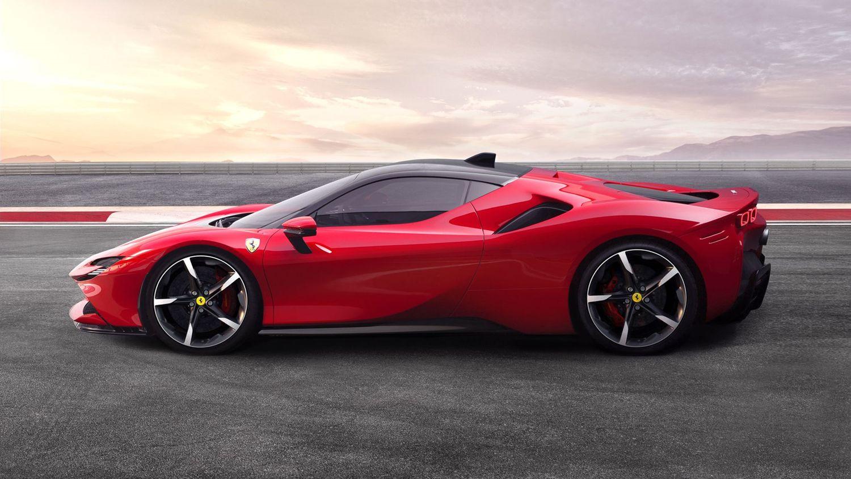Ferrari SF90 Stradale widok z boku