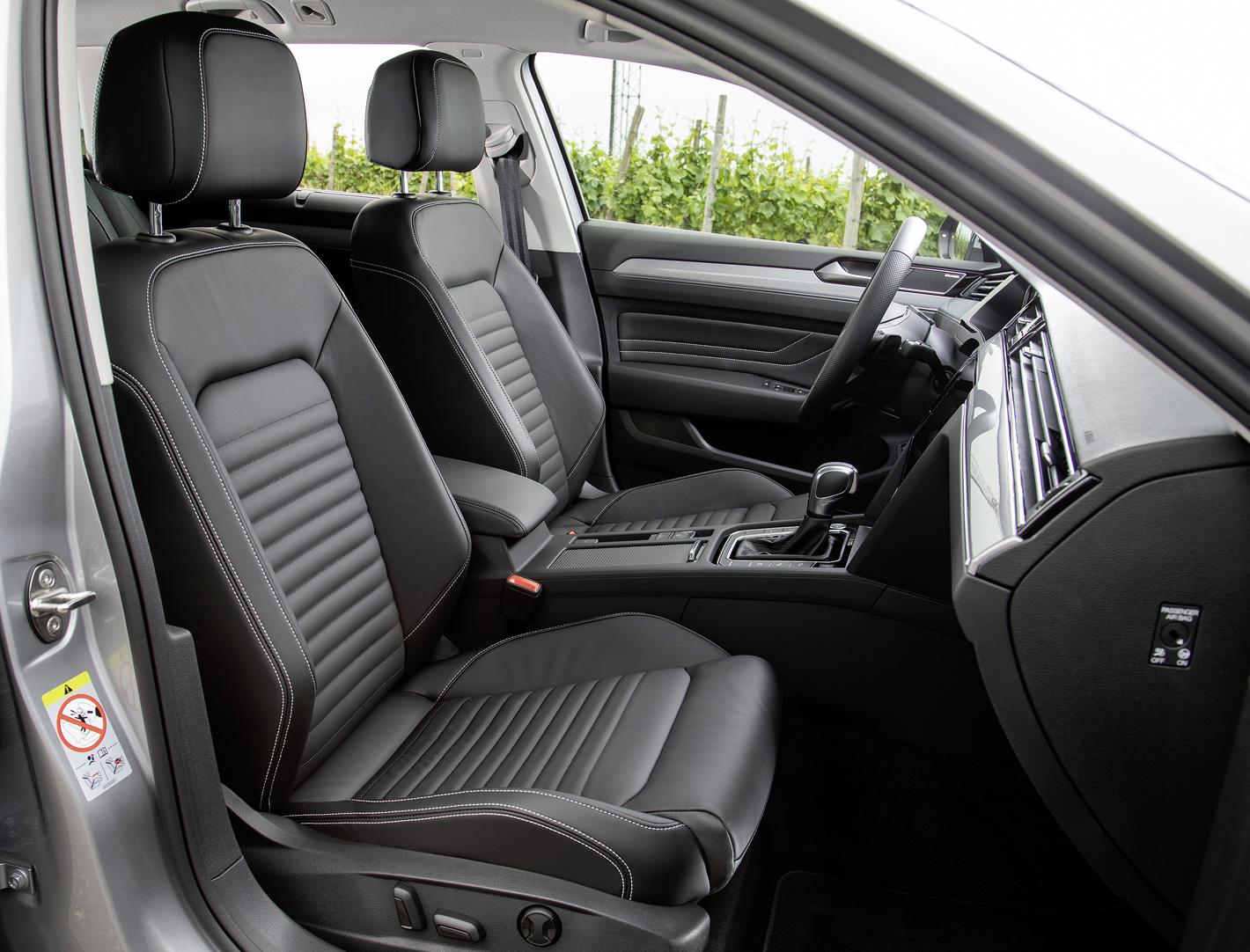 Nowy Volkswagen Passat - siedzenia