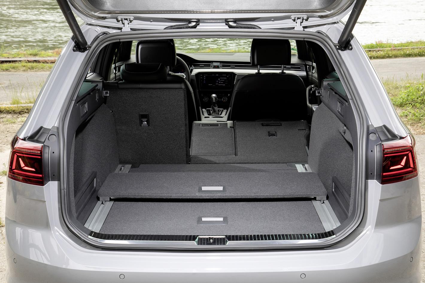 Nowy Volkswagen Passat - bagażnik