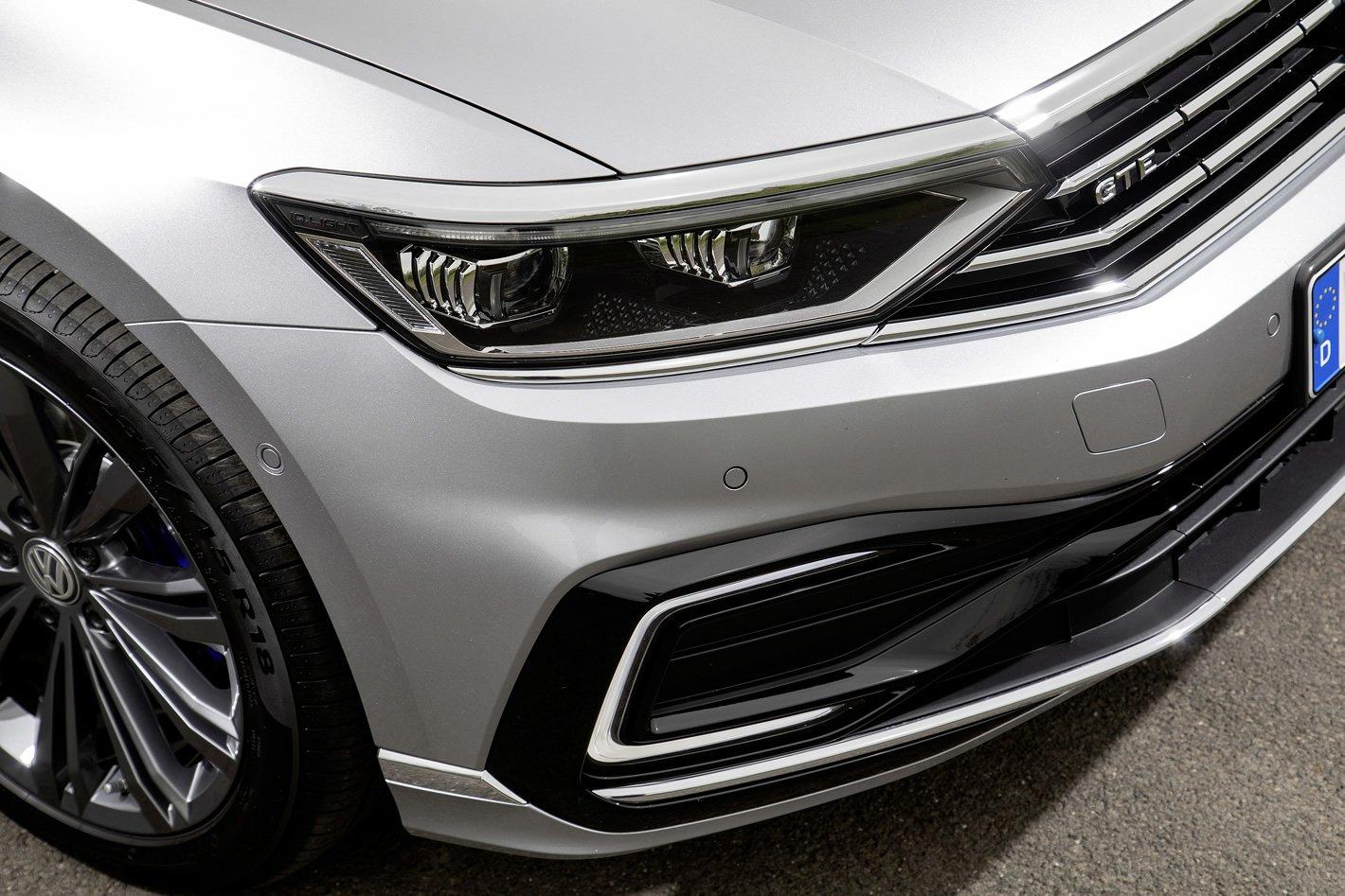 Nowy Volkswagen Passat - reflektory matrycowe