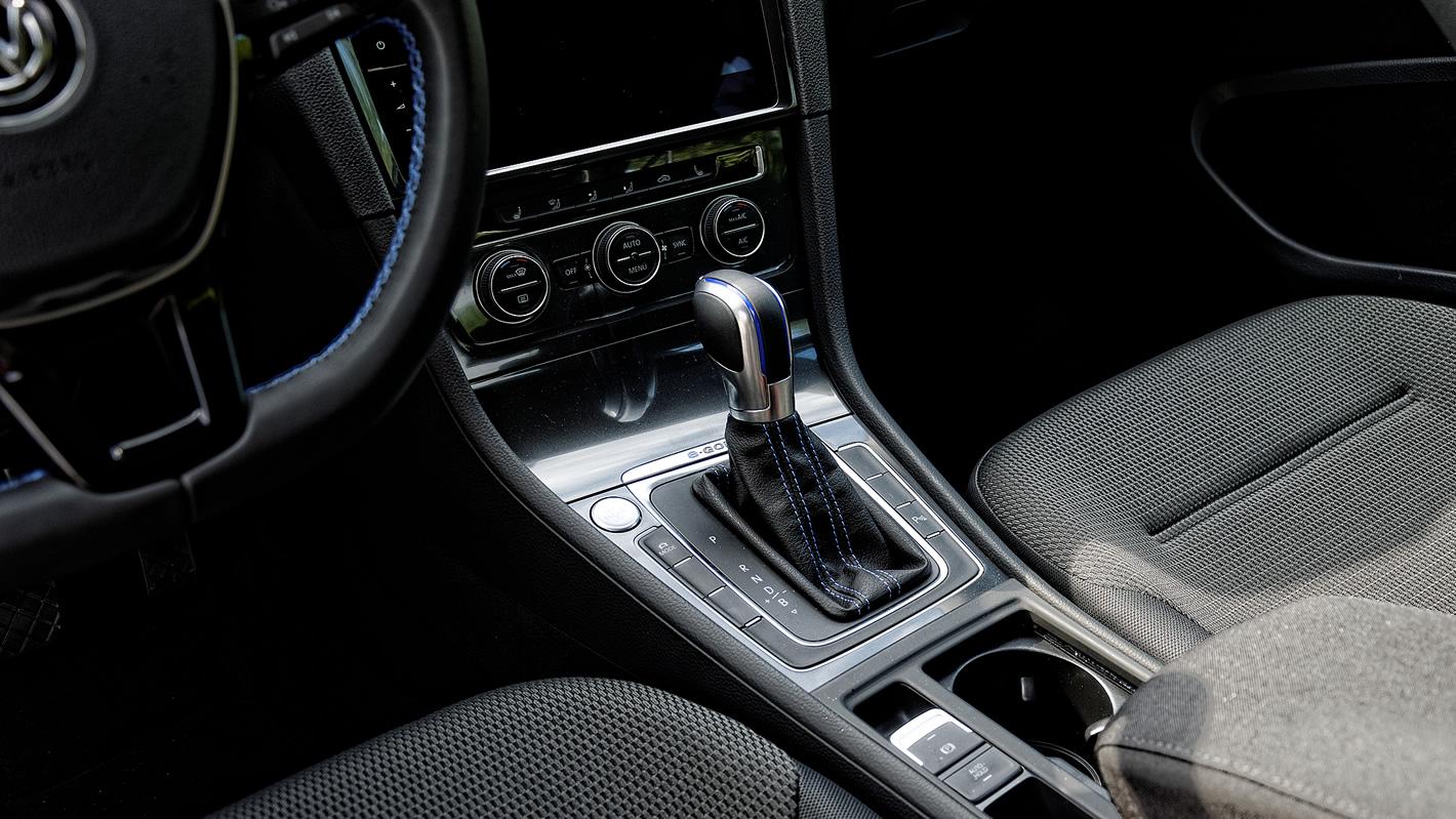 Volkswagen e-Golf - automat w standardzie