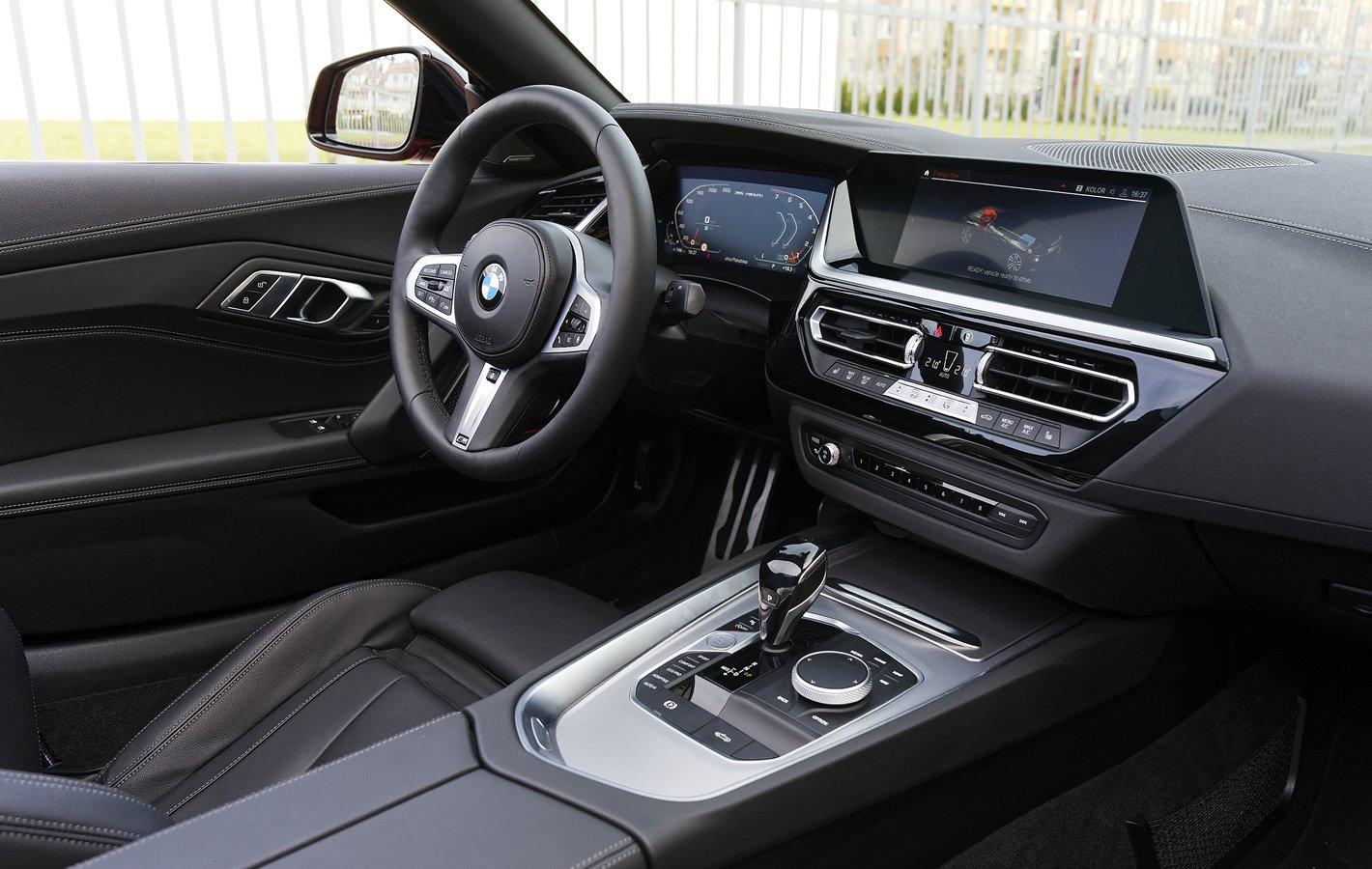 BMW Z4 M40i - w środku