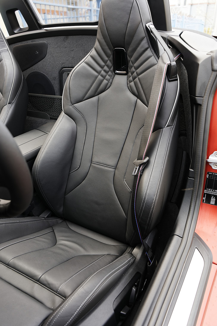 BMW Z4 M40i - fotel kierowcy