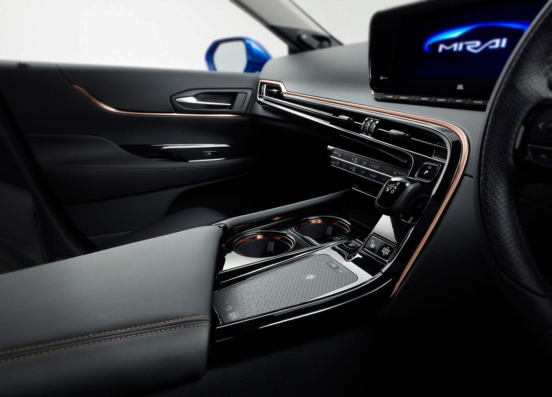 New Toyota Mirai 2020 wnętrze