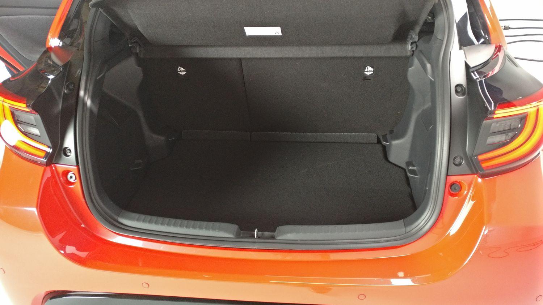 Toyota Yaris 2020 - bagażnik